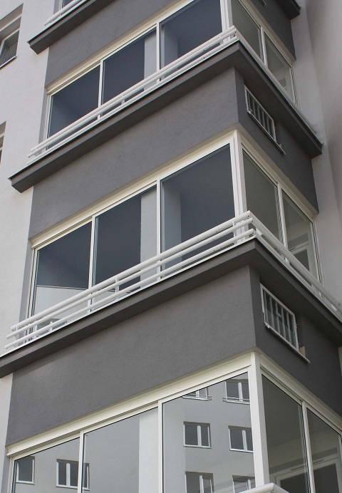 zabudowa-balkonow_m